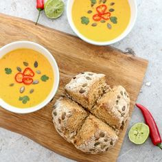My perfect autumn/winter evening involves a pot of this Butternut Squash Chilli & Coconut Milk Soup bubbling on the stove. Pumpkin Soup Coconut Milk, Butternut Squash Chilli, Chilli Soup, Baking Soda Vinegar, Soda Bread, Bread And Pastries, Pumpkin Bread, Evening Meals, Soup Recipes