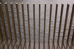 hotel entrance Kew Gardens Lake Bridge - Sackler C - hotel Metal Garden Fencing, Garden Railings, Wood Walkway, Outdoor Walkway, Balcony Railing Design, Fence Design, Compound Wall Design, Interior Cladding, Kew Gardens