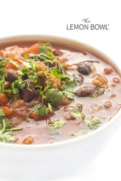 Made with lean turkey, hearty beans and smoky fire-roasted chilis, each bite sticks to your ribs – not your waistline. This hearty and satisfying Slow Cooker Healthy Turkey Chili recipe has great flavor, easy to make and ideal for feeding a crowd! Slow Cooker Turkey, Crock Pot Slow Cooker, Slow Cooker Recipes, Chili Recipes, Crockpot Recipes, Easy Turkey Recipes, Bariatric Eating, Bariatric Recipes, Healthy Slow Cooker
