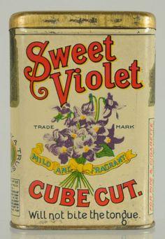 Sweet Violet Vertical Pocket Tobacco Tin