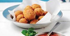 Τυροκροκέτες | Συνταγή | Argiro.gr Greek Recipes, Finger Foods, Baked Potato, Potatoes, Baking, Vegetables, Ethnic Recipes, Bread Making, Patisserie