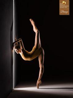 Photographer RJ Muna - Alonzo King LINES Ballet - ADVERTISING - Other - Bronze - ONE EYELAND PHOTOGRAPHY AWARDS 2014