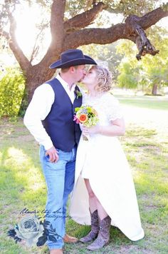Wedding dress and cowboy boots! #country #western #lace