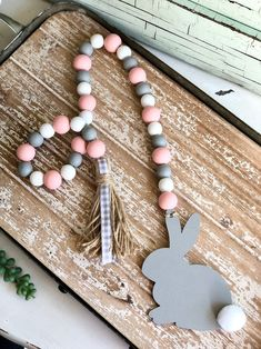 decorating business Pink, Gray & White B Wood Bead Garland, Beaded Garland, Easter Projects, Easter Crafts, Spring Crafts, Holiday Crafts, Diy Osterschmuck, Easter Garland, Diy Ostern