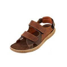 A quality men's sandal, Flint Mens Sandal G offers underfoot support and flexible construction with anatomic insole.