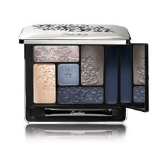 """#Gorgeousness  Meet #Guerlain's new Écrin 6 Couleurs palette from the Fall 2015 """"Bloom of Rose"""" collection, called Beaugrenelle."""