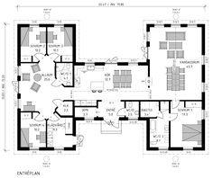 Se på den här villan! Vacker symetrisk exteriör i lite sydsvensk stil och en interiör med en mycket fin uppdelning mellan barn och vuxna. House Layout Plans, House Layouts, Home Design Floor Plans, House Floor Plans, Steel Building Homes, Building A House, U Shaped House Plans, Single Storey House Plans, Philippines House Design