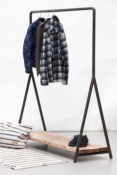 Manipine.com | Wood & Steel Clothes Rail