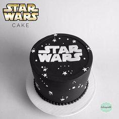 Birthday cupcakes for men ideas star wars 21 ideas - Star Wars Cake - Ideas of Star Wars Cake - Star Wars Torte, Bolo Star Wars, Star Wars Cake Toppers, Star Wars Birthday Cake, Birthday Cakes For Men, Cakes For Boys, Birthday Cupcakes, Theme Star Wars, Aniversario Star Wars