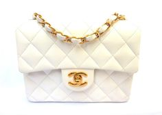 i love a vintage Chanel purse