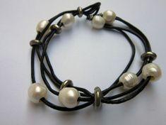 Bratara perle si  piele Pearl Necklace, Headphones, Pearls, Bracelets, Leather, Vintage, Jewelry, Crystal, Diamond