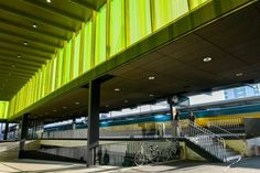 Supermoderne: Zürich weiht endlich Bahnhof Oerlikon ein   Blick Modern, Stairs, Home Decor, Trendy Tree, Stairway, Decoration Home, Room Decor, Staircases, Home Interior Design