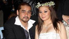 Rozana Misbun didakwa mengamalkan amalan khurafat sepanjang sembilan tahun perkahwinan mereka selepas penemuan barang-barang seperti patung kemaluan lelaki.