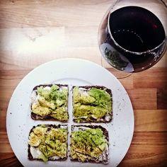 #abendessen #Stulle #avocado #rioja