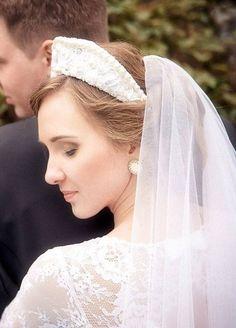 Russian bride in traditional headdress Russian Wedding, Headdress, Brides, Costumes, Weddings, Traditional, Wedding Dresses, Fashion, Culture