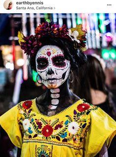 Halloween Skull, Halloween Make Up, Vintage Halloween, Halloween Costumes, Halloween Face Makeup, Skeleton Costumes, Sugar Skull Costume, Sugar Skull Makeup, Sugar Skulls