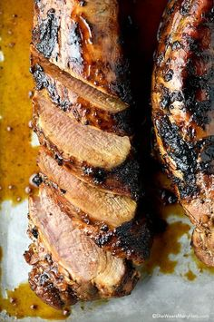 This tasty Honey Soy Glazed Pork Tenderloin Recipe is quick and easy enough for a weeknight meal and fabulous enough for a weekend celebration. Pork Tenderloin Recipes, Pork Recipes, Cooking Recipes, Grilled Pork Tenderloin Marinade, Pork Tenderloin Glaze, Cooking Games, Pork Loin, Roast Beef, Mole Verde