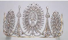Diamond starburst tiara