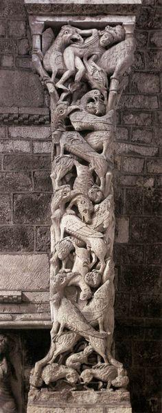 Abbey of Saint Mary Abadia de Solhac, Souillac Gourdon Lot Occitania France Eglise abbatiale Sainte-Marie de Souillac. Romanesque Sculpture, Romanesque Art, Romanesque Architecture, Horror Vacui, Graven Images, Statues, Web Gallery Of Art, Ancient Goddesses, Portal