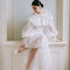 Bridal Poses, Bridal Portraits, Wedding Bride, Wedding Gowns, Bridal Style, Bridal Dresses, Evening Gowns, Wedding Styles, Wedding Inspiration