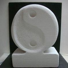 Black and white (sculpture béton cellulaire - ytong)