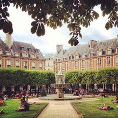 Place des Vosges,Paris