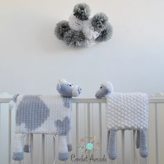 Chunky Crochet Blankets Cuddle and Play Cow Baby Blanket Crochet Pattern Crochet Sheep, Chunky Crochet, Chunky Yarn, Crochet Baby Blanket Beginner, Crochet Blanket Patterns, Crochet Blankets, Practical Baby Shower Gifts, Cow Toys, Bobble Stitch
