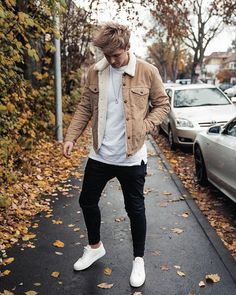 Mens Jacket Coats Fur-Collar Pilot Air-Force Appropriate Winter Male Warm And Mens Jackets Coats - Men's style, accessories, mens fashion trends 2020 Trendy Mens Fashion, Stylish Mens Outfits, Dope Fashion, Fashion Men, Fashion Styles, Men Winter Fashion, Fashion Shirts, Casual Outfits, Hipster Outfits