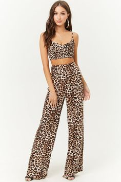 30 Leopard Pants Matching Ideas with All Clothes in Your Wardrobe - Outfitcast - Leopard Print Outfits, Leopard Pants, Animal Print Pants, Animal Print Dresses, Animal Prints, Matching Sister Outfits, Cool Outfits, Fashion Outfits, Fashionable Outfits