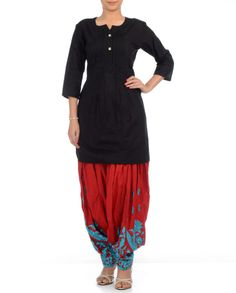 BLACK SUIT SET WITH EMBROIDERED PATIALA