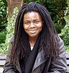 """Locs to Love: 7 Celebs With Fabulous Locs Give Me One Reason"""" is one of those songs that never gets old. Tracy Chapman – four time Grammy award winning artist – is more than a singer though. She is also a social activist. Rock Roll, Jazz, Tracy Chapman, Nelly Furtado, Women In Music, Alanis Morissette, Dreadlocks, Music Icon, Female Singers"""