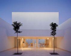 50 Fascinating Modern Minimalist Architecture Design Source by omgdeco Architecture Design, Minimal Architecture, Residential Architecture, Contemporary Architecture, Amazing Architecture, Minimalist Home Decor, Minimalist Bedroom, Modern Minimalist, Minimalist Kitchen