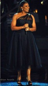 Queen Latifah media gallery on Coolspotters. See photos, videos, and links of Queen Latifah. Curvy Fashion, Plus Size Fashion, Girl Fashion, Fashion Dresses, Vestidos Plus Size, Plus Size Dresses, Plus Size Outfits, Style Haute Couture, Queen Latifah