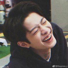 Rapper, Guan Lin, Memes Funny Faces, Lai Guanlin, Kim Jaehwan, Chines Drama, Boyfriend Material, Beautiful Boys, My Idol