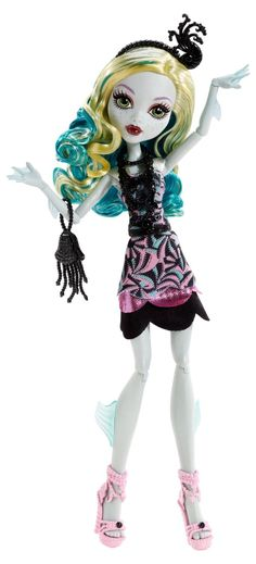 Amazon.com: Monster High Frights, Camera, Action! Black Carpet Draculaura Doll: Toys & Games