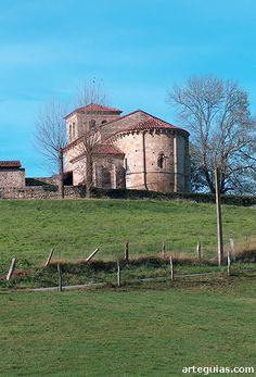 Iglesia de Argomilla de Cayón. Cantabria.