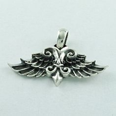 FEATHER SHAPED PLAIN SILVER LIGHT WEIGHT 925 STERLING SILVER PENDANT #SilvexImagesIndiaPvtLtd #Pendant