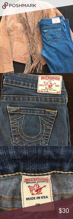 True Religion bootcut jeans size 26 Amazing jeans for an amazing price! Size 26, Boot cut jeans True Religion Jeans Boot Cut