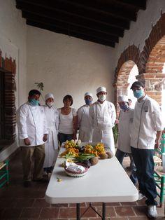 Escuelas de Gastronomia de todo el país han desfilado por la experiencia de venir a cocinar a la manera precolombina.