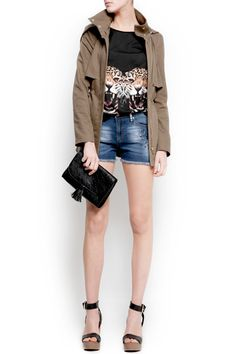 Looove this outfit! want the tiger shirt!  The Lady's Guide To Wearing Cutoffs #Refinery29