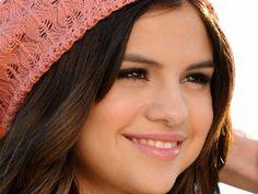 She's so pretty(: