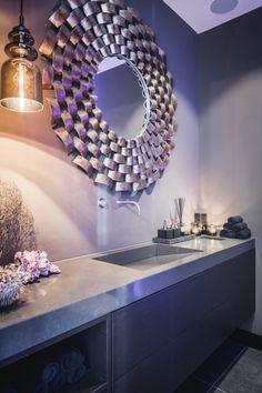 Luxe badkamermeubel op maat met design spiegel | badkamer ideeën ...