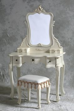 Vintage Style Dressing Table With Mirror Stool - Table or a dressing stand is just one of the very important furniture in res Shabby Chic Vanity, Shabby Chic Furniture, Vintage Furniture, Painted Furniture, White Furniture, Home Design, Design Ideas, Dressing Table With Mirror And Stool, Dressing Tables