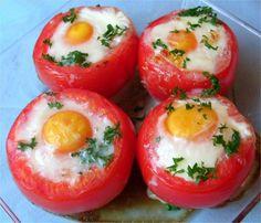 Pour changer de l'œuf cocotte, voici la variante qui est l'œuf cocotte en tomate qui est tout aussi délicieuse. Sachez que le temps de cuisson peu varier d'un appareil à l'autre, 6 minutes semble être le juste milieu ! Ingrédients 4 tomates 4 œufs dès de jambon 1 cas de crème fraiche épaisse (dans chaque …