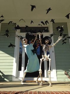 Halloween, skeletons, decorating, The Birds, facebook/baxter skeletons