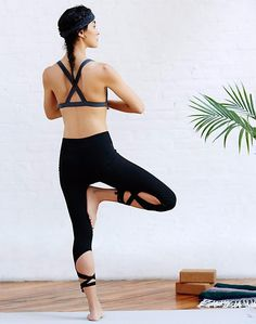 Unleash your inner ballerina with this dainty workout leggings. Made in two solid colors, the stylish element of the activewear is the bandage design below the knee and towards the feet - a reminder of your dream to become a ballerina. These are also perfect as activewear, sportswear, for dance, Zumba, aerobics, working out, jogging, and other athletic activities. The material is light, breathable and comfortable.   Colors: Gray, Lavender, Black, Purple and Turquoise.
