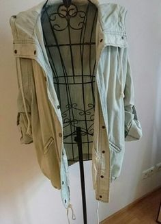 Kaufe meinen Artikel bei #Kleiderkreisel http://www.kleiderkreisel.de/damenmode/jeansjacken/144626715-lassige-oversize-jeansjacke-mit-kapuze