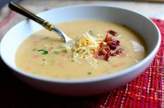 Perfect Potato Soup by Ree Drummond-Pioneer Woman. This is the best Potato Soup ever and it is really easy to make! Pioneer Woman Potatoes, Potato Soup Recipe Pioneer Woman, Corn Chowder Recipe Pioneer Woman, Best Potato Soup, Soup Recipes, Cooking Recipes, Cooking Tips, Cooking Games, Potato Recipes