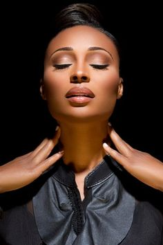 Cynthia Bailey neutral makeup for dark skin #makeup #cosmetics #beauty #makeup #dark_skin #dark_tone