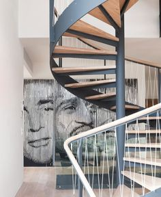 A house built in the a client who openly welcomes change and a team of architects who are able to give a new identity to a building. House N. Stairs And Doors, House Stairs, Stairs To Heaven, Interior Staircase, Beautiful Stairs, House Built, Bungalows, Best Interior, Decor Interior Design